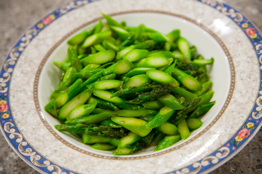 Asparagus with fish sauce recipe - finished