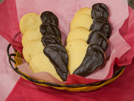 DIY Valentine's Day Shortbread Heart-Shaped Cookies - Finished