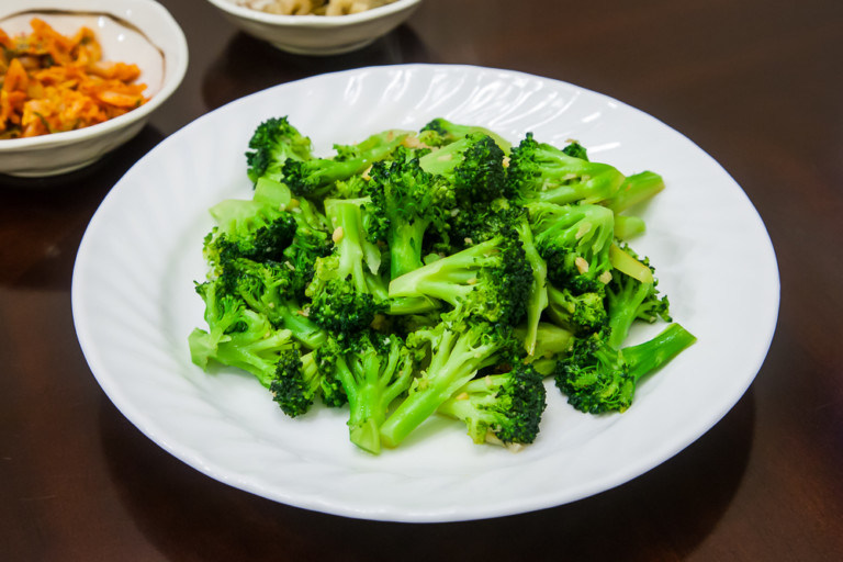 Sautéed Broccoli With Minced Garlic - Completed Dish