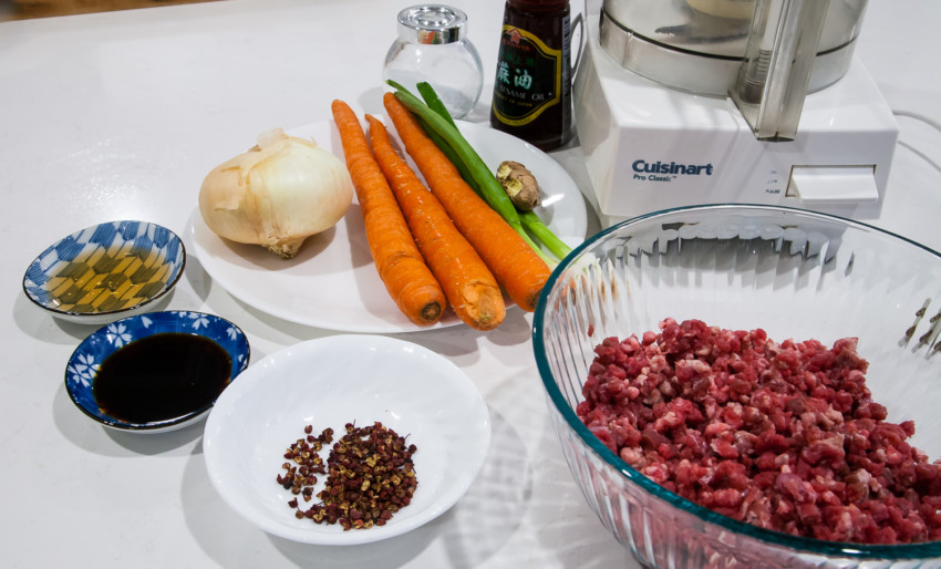 Beef dumplings with carrots and onions - ingredients