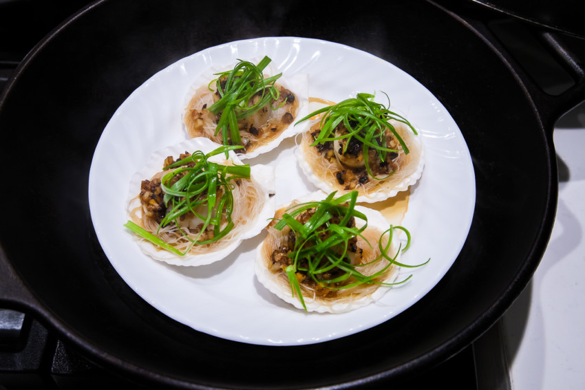 Steam Garlic Scallops with Vermicelli - steaming