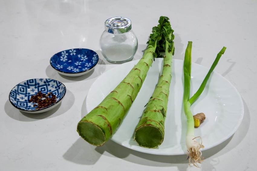 Stem Lettuce Salad - Ingredients