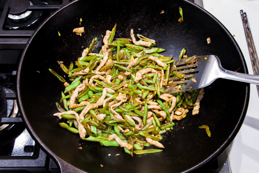 Green Beans with Pork Julienne - stirfrying