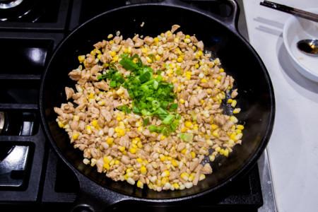 Chicken Corn Pine Nut Lettuce - Cooking filling