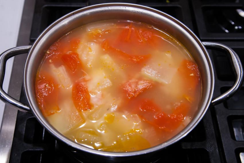 Winter Melon Tomato Pork Bone Soup - preparation
